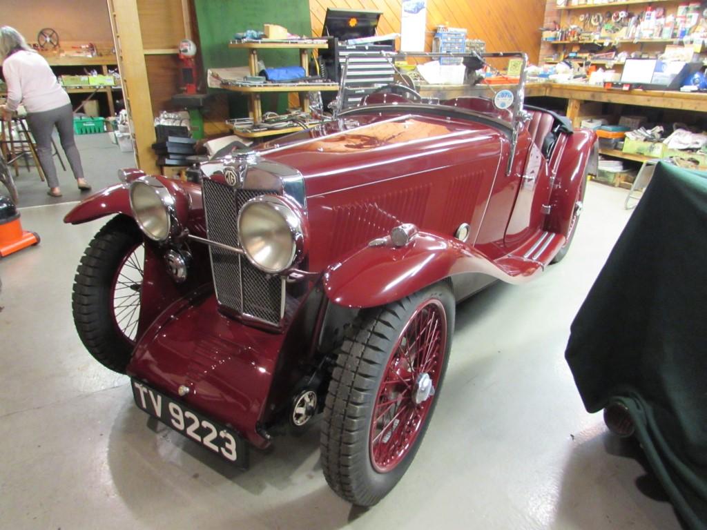 1933 MG J2  Swept wing